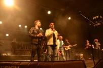 Kuşadası Gençlik Konseri İle Coştu