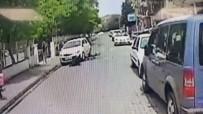 Otomobilin Bisikletliye Çarpma Anı Kamerada