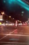 (Özel) Motosikletli Genç Kızın Ayakta Tehlikeli Yolculuğu Kamerada
