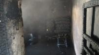 Yangında Ev Kullanılmaz Hale Geldi