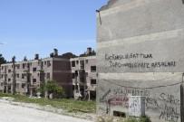 Burdur'da 48 Yıllık Deprem Evleri Yıkılmaya Başlandı