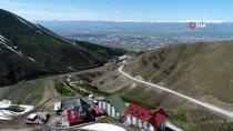 Erzurum'da İki Mevsim Aynı Anda Yaşanıyor