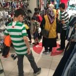İYİLİKDER Yetim Çocukları Giydirdi