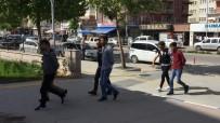 KıRŞEHIR EMNIYET MÜDÜRLÜĞÜ - Kırşehir'de Uyuşturucu Ticareti Yapan 3 Kişi Tutuklandı