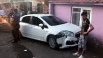 Otomobille Polislere Çarpan Şüpheli Yakalandı