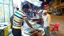 ÇİĞ KÖFTE - Ramazan'da Halka Tatlısına Rağbet Arttı