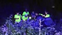 Adana'da Otomobil Şarampole Yuvarlandı Açıklaması 2 Ölü, 2 Yaralı
