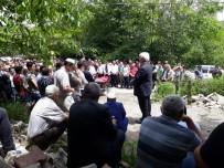 Ardahan'da Ki Taş Ocağında Ölen Genç Toprağa Verildi