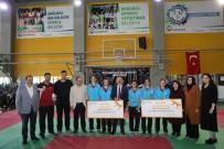 Başkan Çolakbayrakdar, Sporcuları Ödüllendirdi