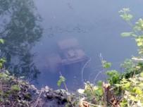 Çaldığı Motoru Irmağa Attı