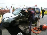 Manisa'da Trafik Kazası Açıklaması Biri Ağır 2 Yaralı