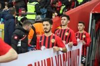 TRABZONSPOR - Fıratcan Üzüm Açıklaması 'Her Futbolcunun Hayalidir Trabzonspor'da Oynamak'