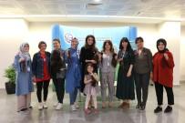 HASTANE - (Özel) Hastane Çalışanları Tedavi Gören Kanser Hastaları İçin Saçlarını Bağışladılar