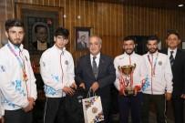 Şampiyon Kros Takımı, Rektör Çomaklı'yı Ziyaret Etti