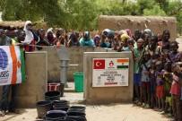 İÇ SAVAŞ - Tuzla Belediyesi Gönül Elleri Çarşısı, Yardımda Kıtaları Aştı