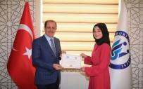 Yabancılara Türkçe Öğretimi Sertifika Programında Başarılı Olanlara Sertifikaları Verildi