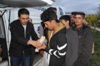 AFGANISTAN - Afgan Mültecilere Sıcak İlgi
