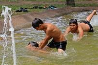 Antalya'da Çocuklar Süs Havuzu Sezonunu Açtı