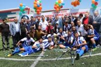FUTBOL TAKIMI - Engelleri Aşıp Türkiye Şampiyonu Oldular