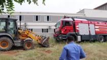 İTFAİYE ARACI - Gaziantep'te İtfaiye Aracı Kaza Yaptı Açıklaması 2 Yaralı