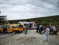 TAHKİKAT - Hollandalı Turistleri Taşıyan Taksiye Tır Çarptı Açıklaması 3 Yaralı