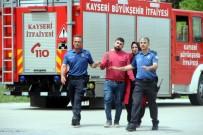 İntihar İçin 12. Katın Penceresine Çıkan Şahsı Polis İkna Etti