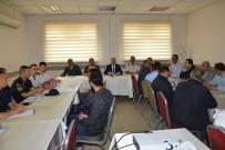 BELEDİYE BAŞKAN YARDIMCISI - Kırşehir Valisi İbrahim Akın Açıklaması 'Otobüs Şoförleri, Hız Ve Emniyet Kemeri Kullanımında Örnek Olacak'