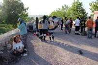 HASTANE - Kocaeli'de Kontrolden Çıkan Otomobil Takla Attı Açıklaması 1 Ölü, 1 Yaralı