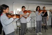 Köy Okulu Öğrencileri Klasik Müzikle Tanıştı
