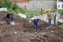 Tarihi Yapı Kalıntılarının Çıktığı İnşaat Kazısı Durduruldu