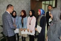 Ağrılı Satranç Şampiyonları Milli Eğitim Müdürü Tekin'i Ziyaret Etti
