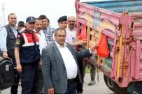 Aksaray'da Ziraat Odası Traktör Ve Römorklara Reflektör Taktı