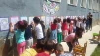 Anaokulu Öğrencileri Dışarıda Oyun Etkinliğinde