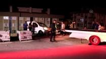 Araç Şarampolde Asılı Kaldı