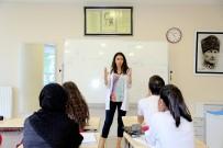 ÇOCUK GELİŞİMİ - Ataşehir Belediyesi, 600 Genci Üniversiteye Hazırlıyor