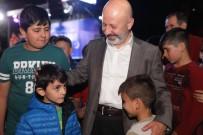 Başkan Çolakbayrakdar, Ramazan Coşkusunu Vatandaşlarla Birlikte Yaşıyor