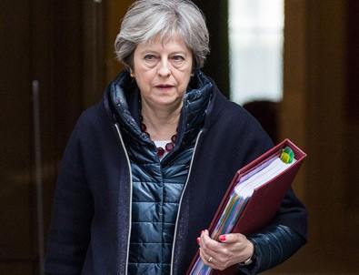İngiltere Başbakanı May istifa tarihini açıkladı