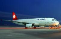 İstanbul'da Fırtına Sebebiyle 3 Uçak Yenişehir Havalimanı'na Mecburi İniş Yaptı