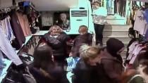 İzmir'de Yankesicilik Zanlısı Üç Kadın Tutuklandı