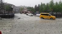 Kastamonu'da Ceviz Büyüklüğünde Dolu Yağışı
