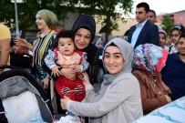 Sancaktepe'de 5 Bin Kişi İftar Sofrasında Bir Araya Geldi