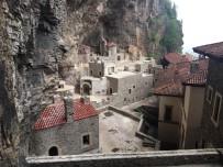 3,5 Yılı Aşkın Süredir Restorasyonu Süren Sümela Manastırı'nın Bir Bölümü Bugün Törenle Ziyarete Açıldı