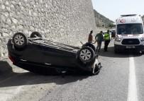 Adıyaman'da Otomobil Takla Attı Açıklaması 2 Yaralı