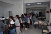 Aslanapa Protokolü, Anadolu Lisesi Öğrencileriyle İftar Yemeğinde Buluştu