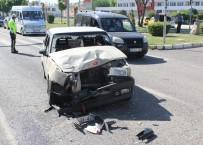 Elazığ'da Trafik Kazası Açıklaması3 Yaralı