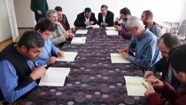 İŞİTME ENGELLİLER - Engeli, Okuma Yazma Ve Kur'an Öğrenmeye Engel Olmadı