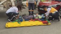 Otomobilin Çarptığı Çöp Kamyonundaki Temizlik İşçisi Yaralandı
