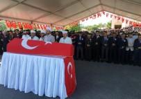 ŞEHİT POLİS - Trafik Kazasında Şehit Olan Polis Memuru Son Yolculuğuna Uğurlandı