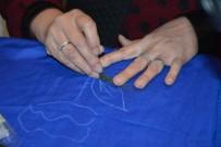 Unutulmaya Yüz Tutmuş Keçe İşleme Sanatını Tekrar Canlandırmaya Çalışıyor