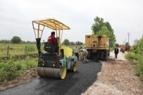Adapazarı'nda Yol Açımı Ve Asfalt  Yama Çalışmaları Sürüyor